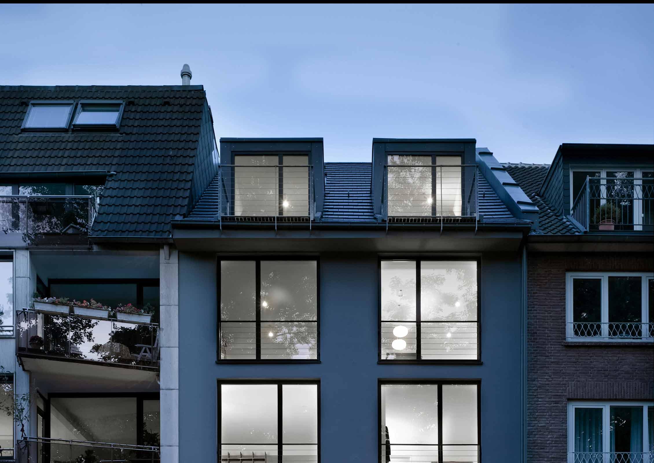 moderne dachgauben haus design m bel ideen und. Black Bedroom Furniture Sets. Home Design Ideas